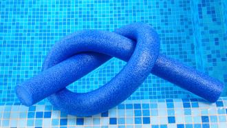 aménager la piscine, aménagement de la piscine,
