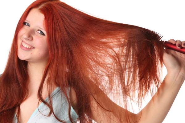 peigne cheveux, fer plat cheveux, sèche cheveux,