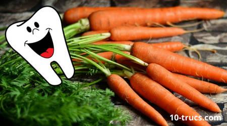 blanchir les dents avec une carotte