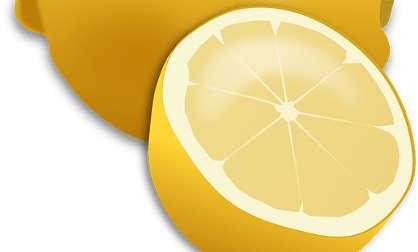 citron, remède naturel contre les boutons dans le dos