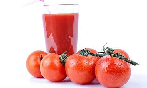 Déboucher le nez avec une recette maison de jus de tomate et ail.