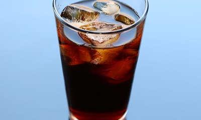 Nettoyer le cuivre oxydé avec du cola