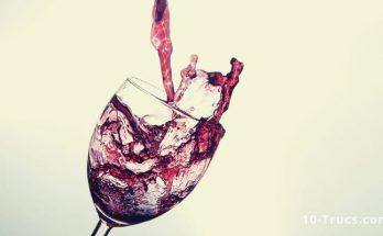 enlever une tache de vin rouge sèche