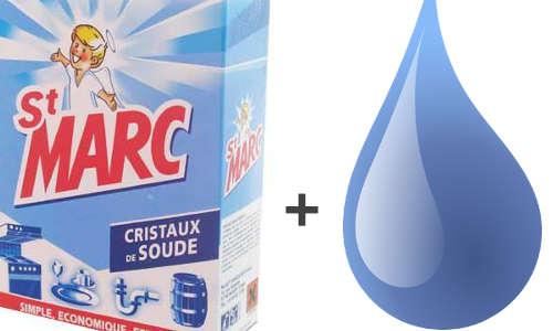 cristaux de soude et eau pour nettoyer les sièges d'auto