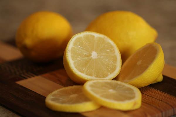 nettoyer du vert de gris avec du jus de citron