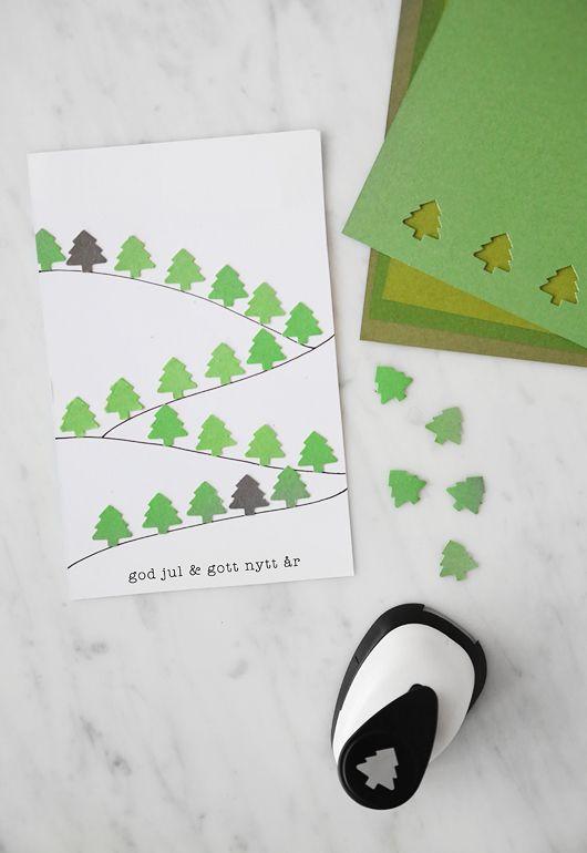 Carte de Noël avec des petits sapins