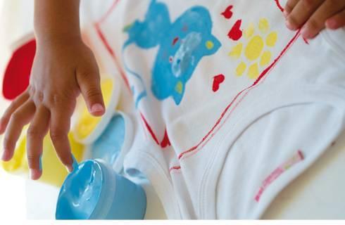 Peinture pour vêtement pour les enfants