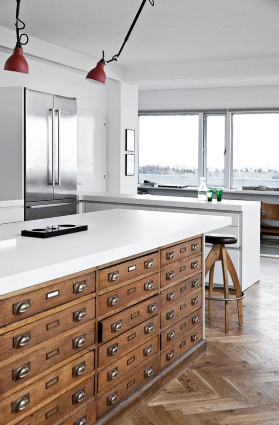 Retaper un meuble de métier en ilot de cuisine
