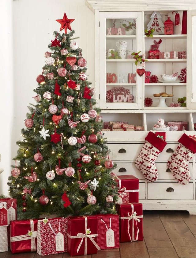 cadeaux sous le sapin de Noël