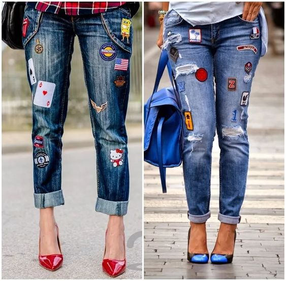 Coller des écussons sur un jean