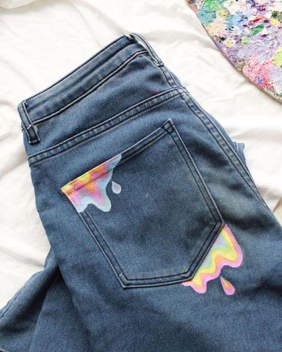 Peinturer la poche arrière d'une poche de jean