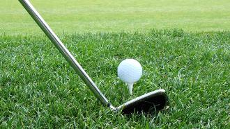 apprendre le golf, jouer au golf,