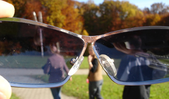 nettoyer des lunettes,