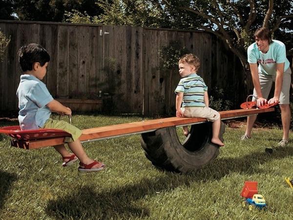 Construire une grande balançoire à bascule