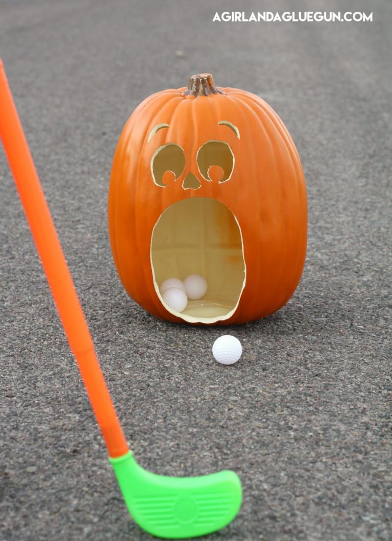 Jeux de mini golf pour enfant à l'Halloween