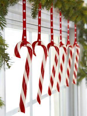 Déco de Noël avec des cannes de Noël