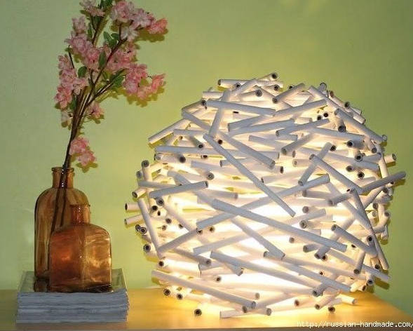 lampe-avec-papier-journal