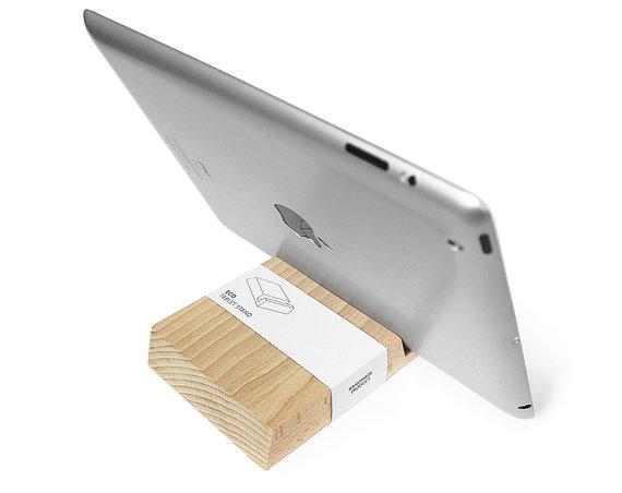 support en bois pour ipad, support bois naturel ipad,