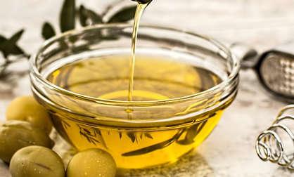 faire pousser les cils avec l'huile d'olive