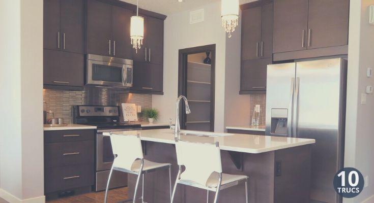 Astuce pour nettoyer les armoires de cuisine en mélamine