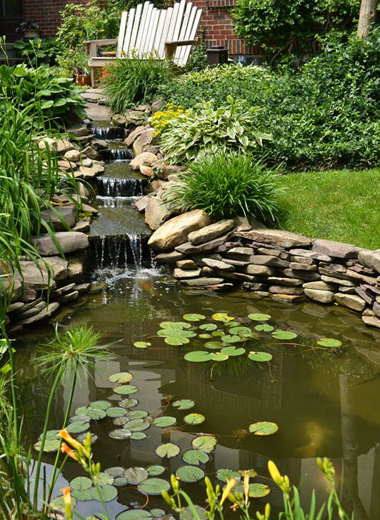 chutes jardin d'eau, bassin d'eau avec chutes,