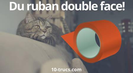 ruban double face pour empêcher son chat de faire ses griffes