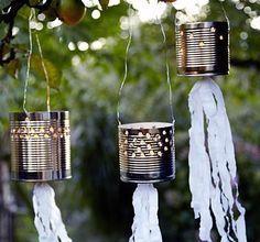Ajouter un ruban décoratif aux lanternes