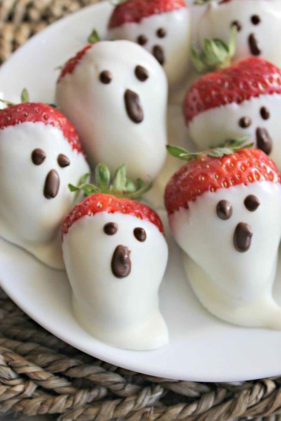 Des fraises en forme de fantôme pour l'Halloween