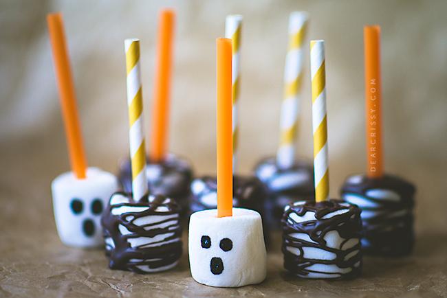 Marshmallow pops ,