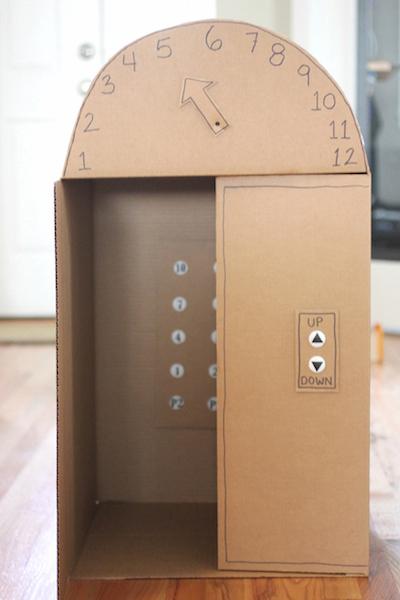 Fabriquer un ascenseur avec des boites de carton
