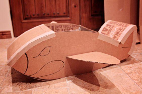 Idée d'avion en carton