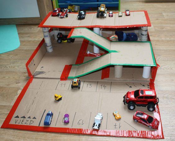 Fabriquer un garage pour petites voitures