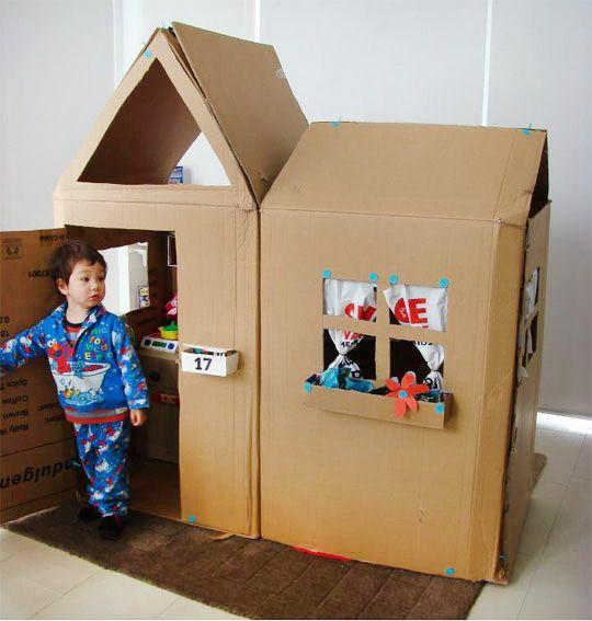 Maison en carton à fabriquer