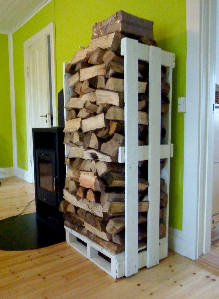 Rangement pour bois avec palette de bois