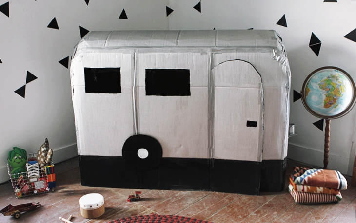 roulotte avec boite de carton