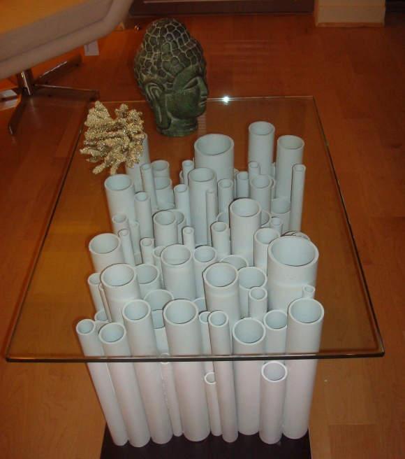 Base de table fait de tuyaux de PVC