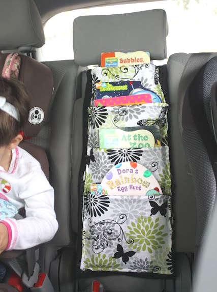 Ranger les livres dans une voiture