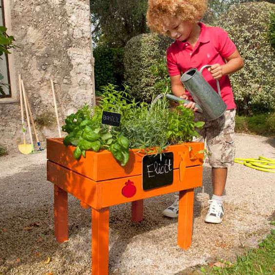 fabriquer un jardin pour son enfant