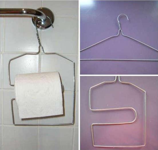 diy support pour papier de toilette avec un cintre