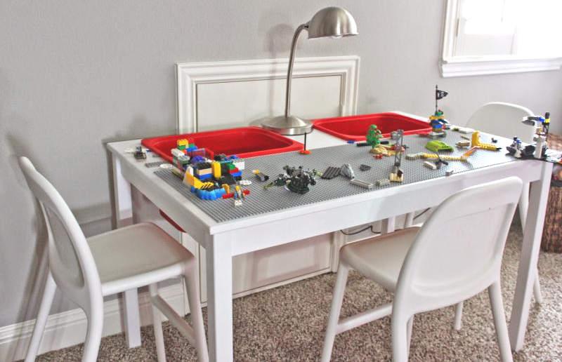 Table à LEGO pour votre enfant