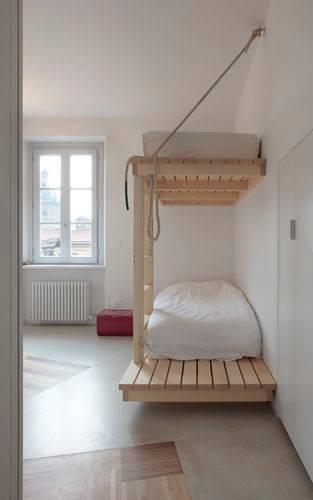 fabriquer un lit superposé avec des palettes de bois