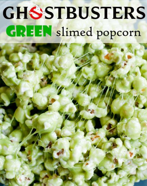 Recette de popcorn vert et gluant pour l'Halloween