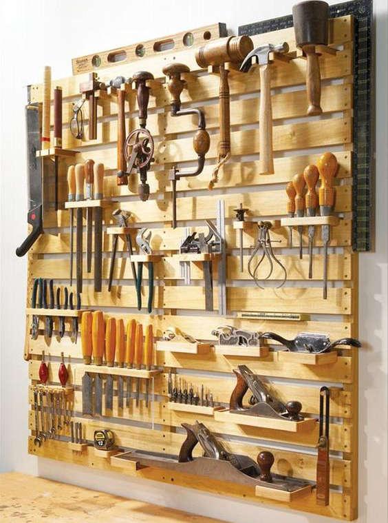 fabriquer un support mural avec des palettes de bois
