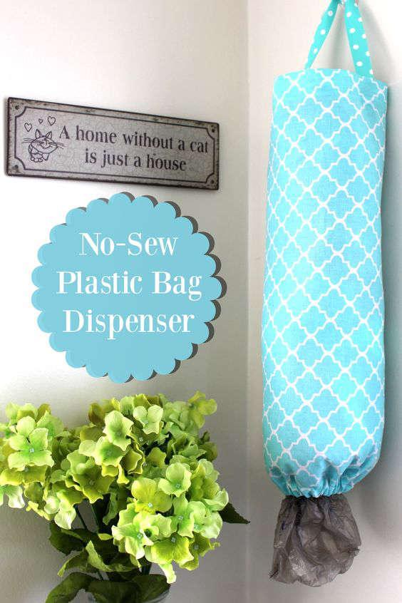 Un sac en tissu pour les sacs en plastiques