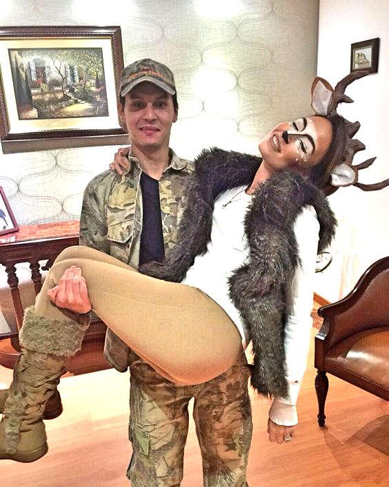 déguisement pour couple, le chasseur et son chevreuil