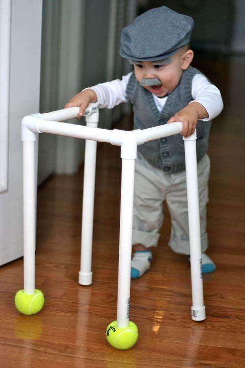 déguisement de personne âgée pour bébé à l'Halloween