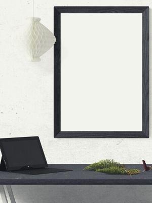 Comment accrocher un tableau lourd au mur?