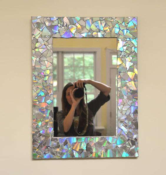 cadre de miroir avec de vieux CD