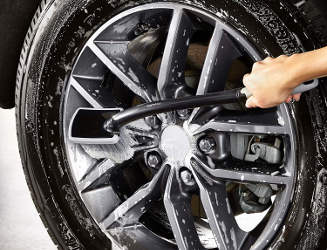 brosse roues voiture