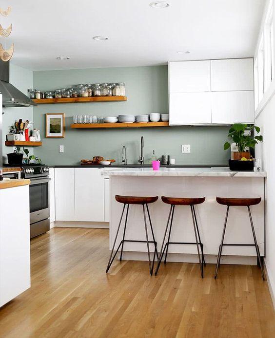 Mur gris-vert pour habiller les dans la cuisine